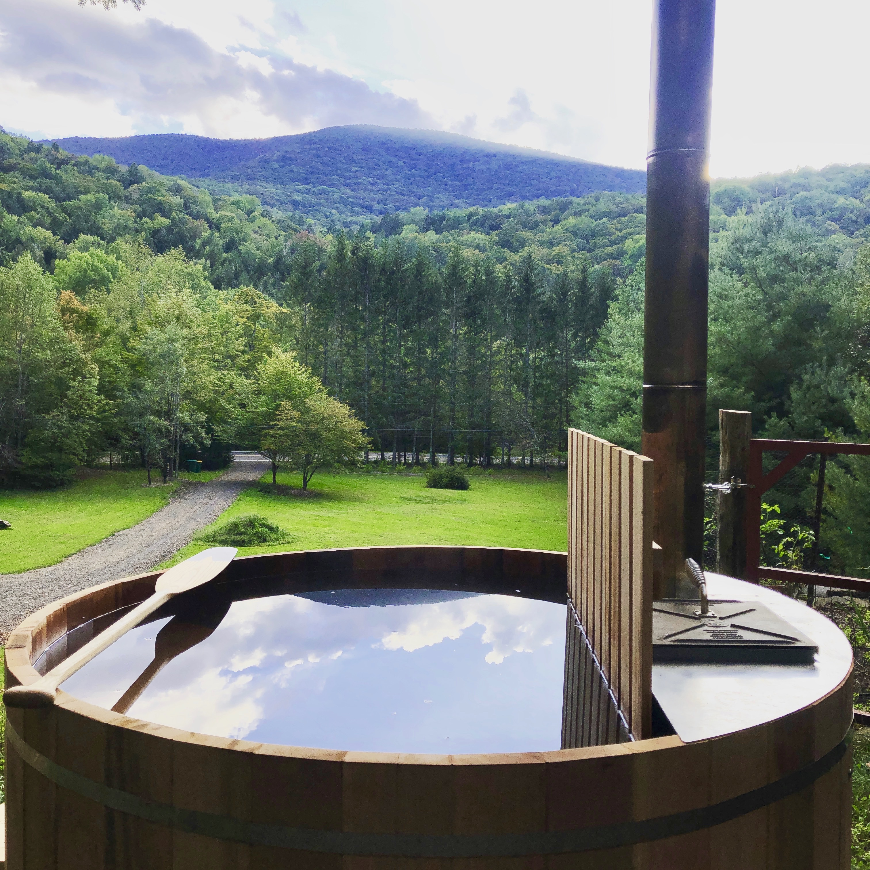 Cozy Cabin With Views And Wood Fired Hot Tub Cabins For Rent In Big Indian New York United States