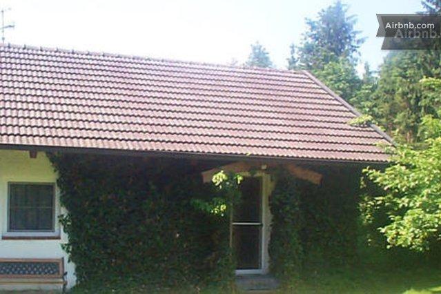 kleines haus 50 qm zu vermieten in kirchdorf am inn. Black Bedroom Furniture Sets. Home Design Ideas