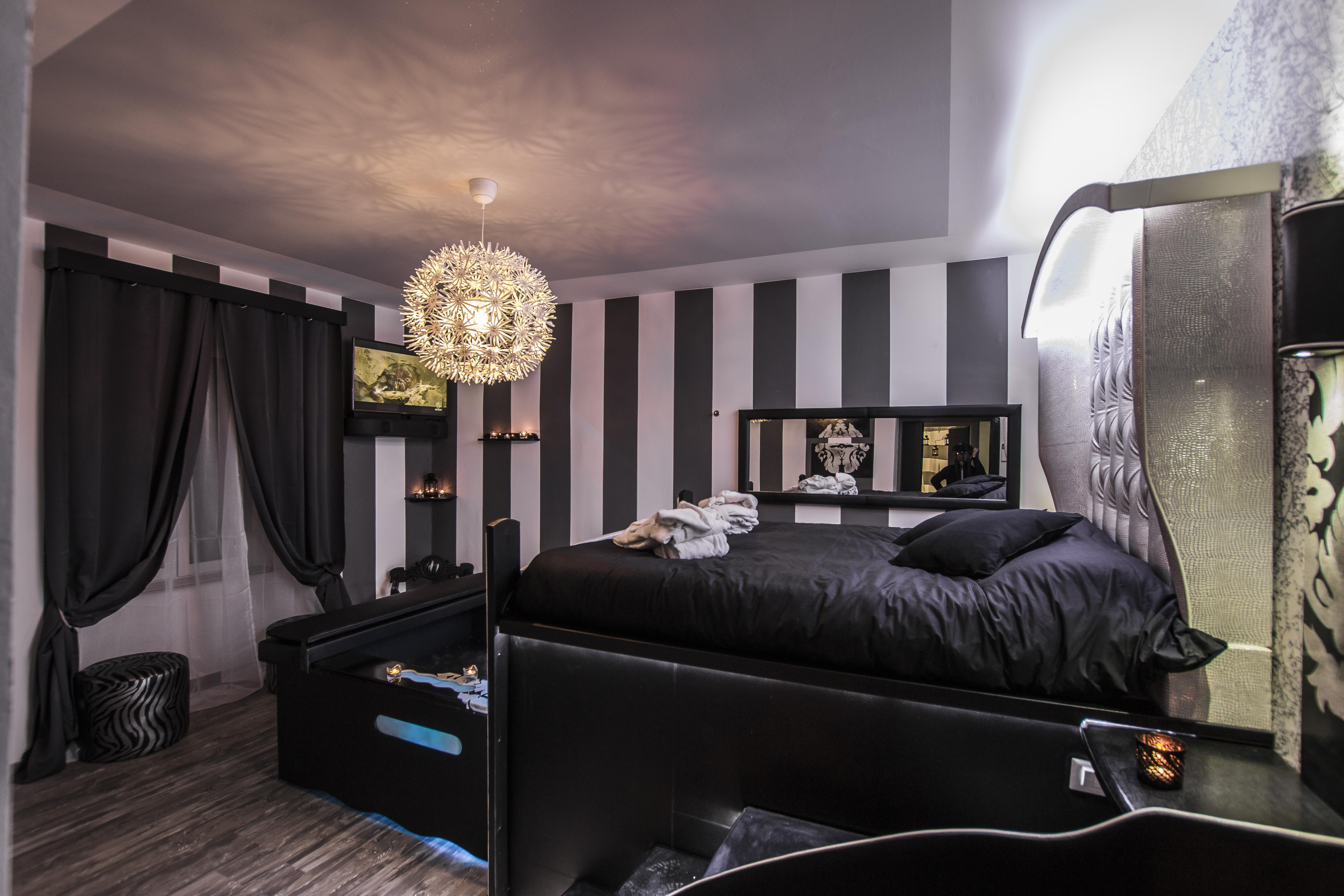 Roma D Amore Suite Con Idromassaggio E Sauna Roma Italia Airbnb
