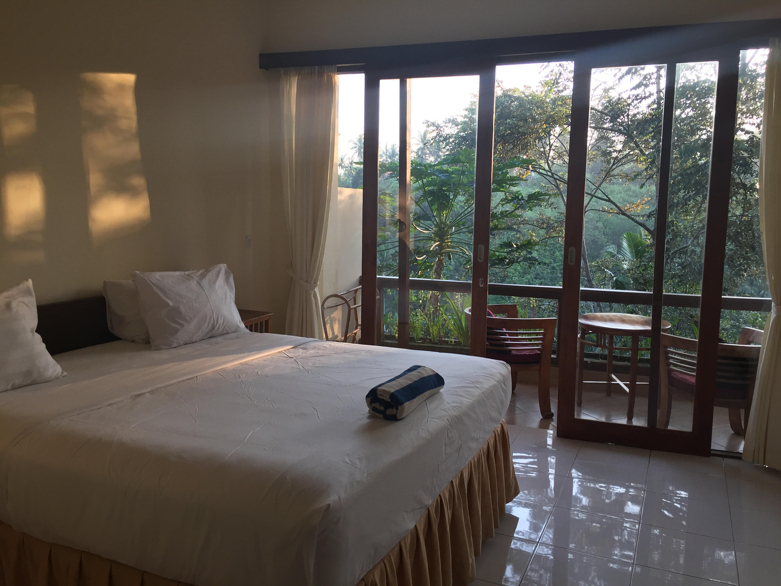 D Tepi Ubud House And Yoga Retreat Bed And Breakfasts For Rent In Ubud Bali Indonesia