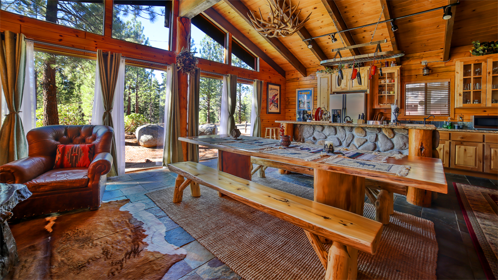 The Lake Tahoe Chalet - Chalets for Rent in South Lake Tahoe, California,  United States