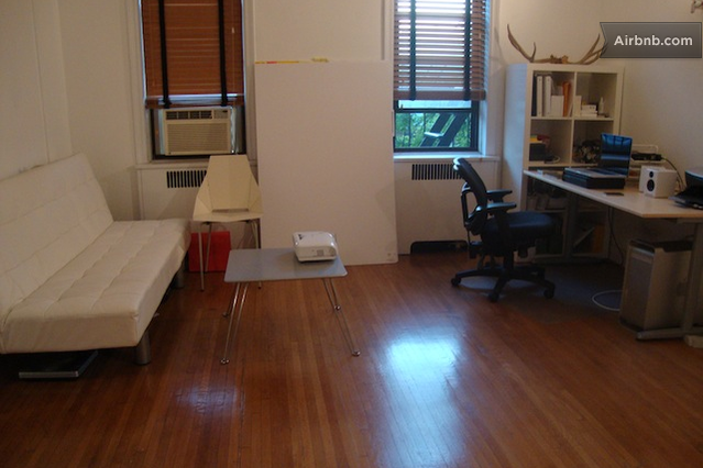 퀸즈(Queens)의 애스 토리아, 뉴욕에있는 스튜디오 아파트