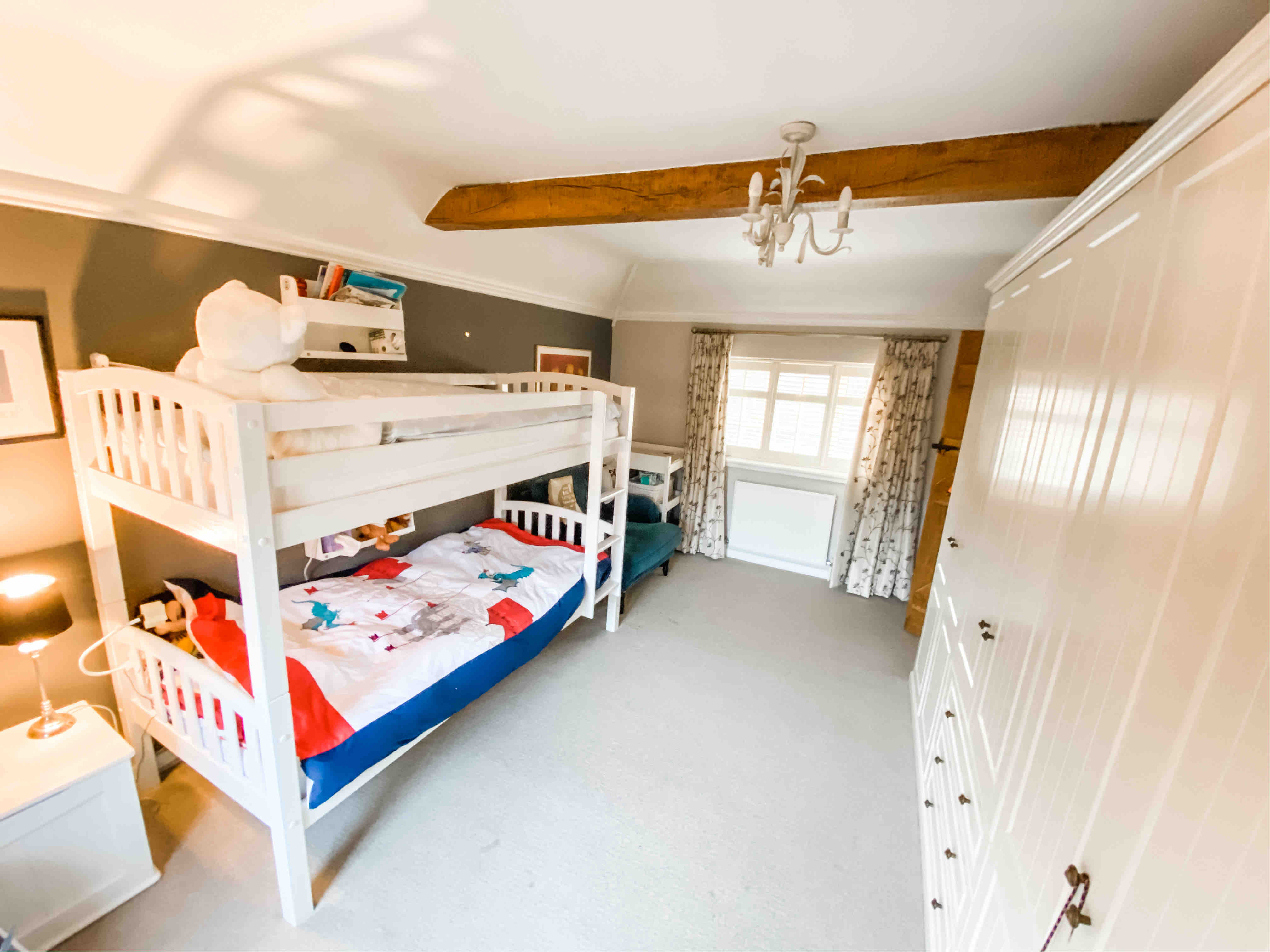 Large family home in the heart of Surrey - Houses for Rent in Guildford,  England, United Kingdom