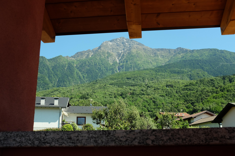 Sistemare Giardino Di Casa casa pace - relax tra lago e montagna - houses for rent in