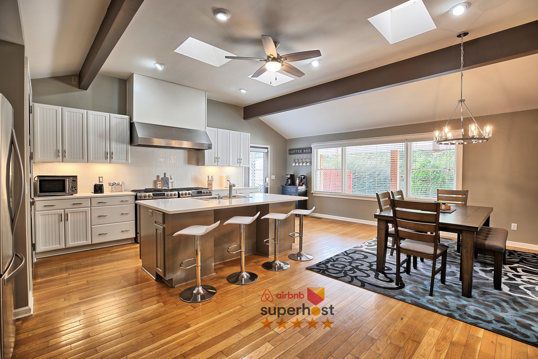 Lux Dream Atlanta Getaway 16 Guest 5bed 3 5bath Houses For Rent In Atlanta Georgia United States