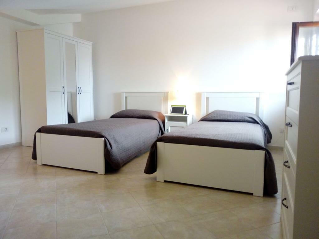 Mobile Per Lavatrice Moderno casa di alice - condominiums for rent in passoscuro, lazio