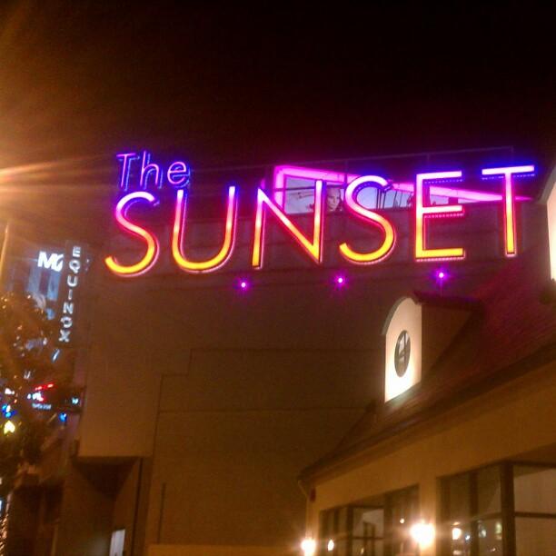 Gambar Sunset Strip