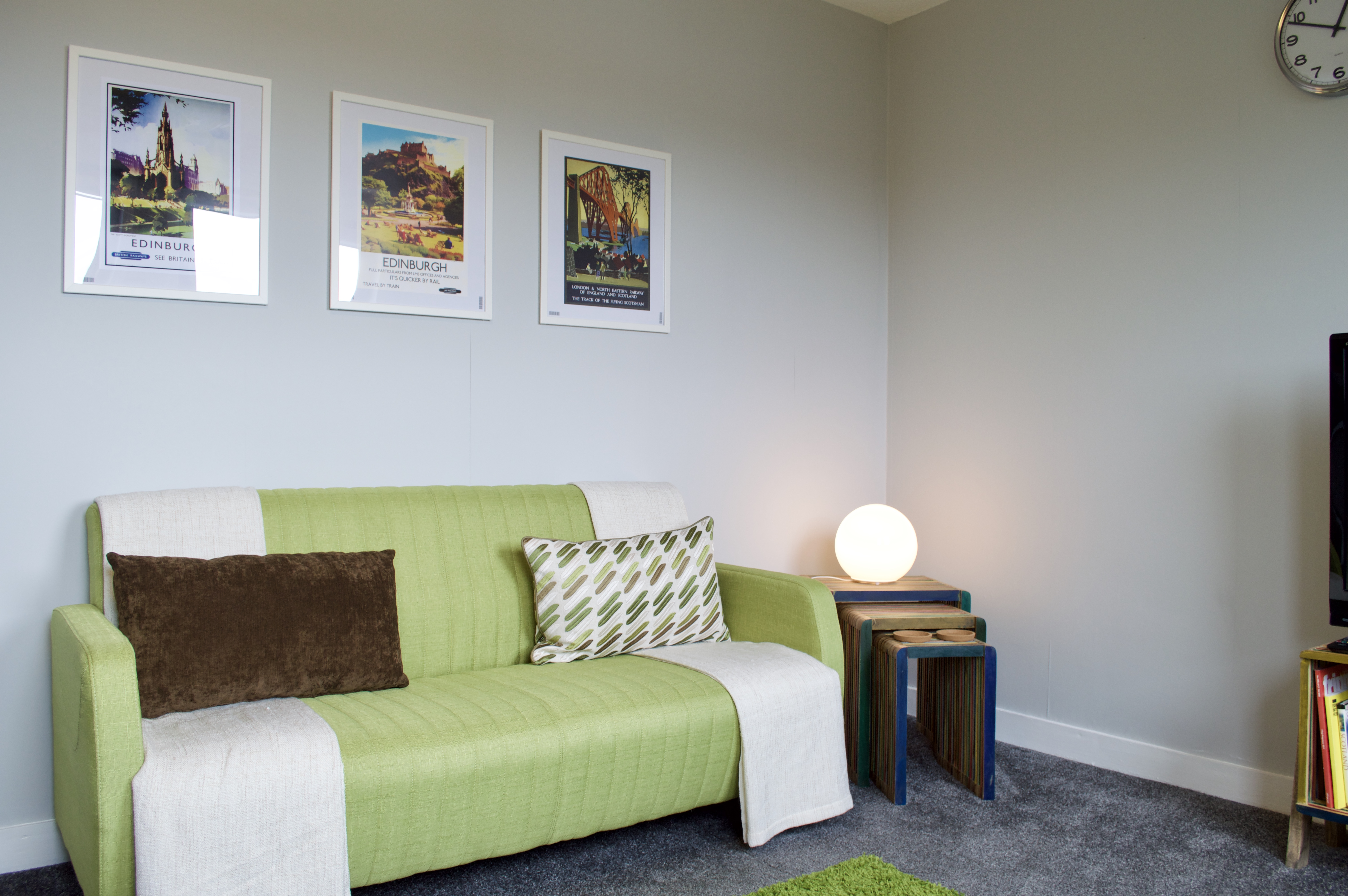 Central, Modern & Spacious Flat - Free Parking - Apartments for ...