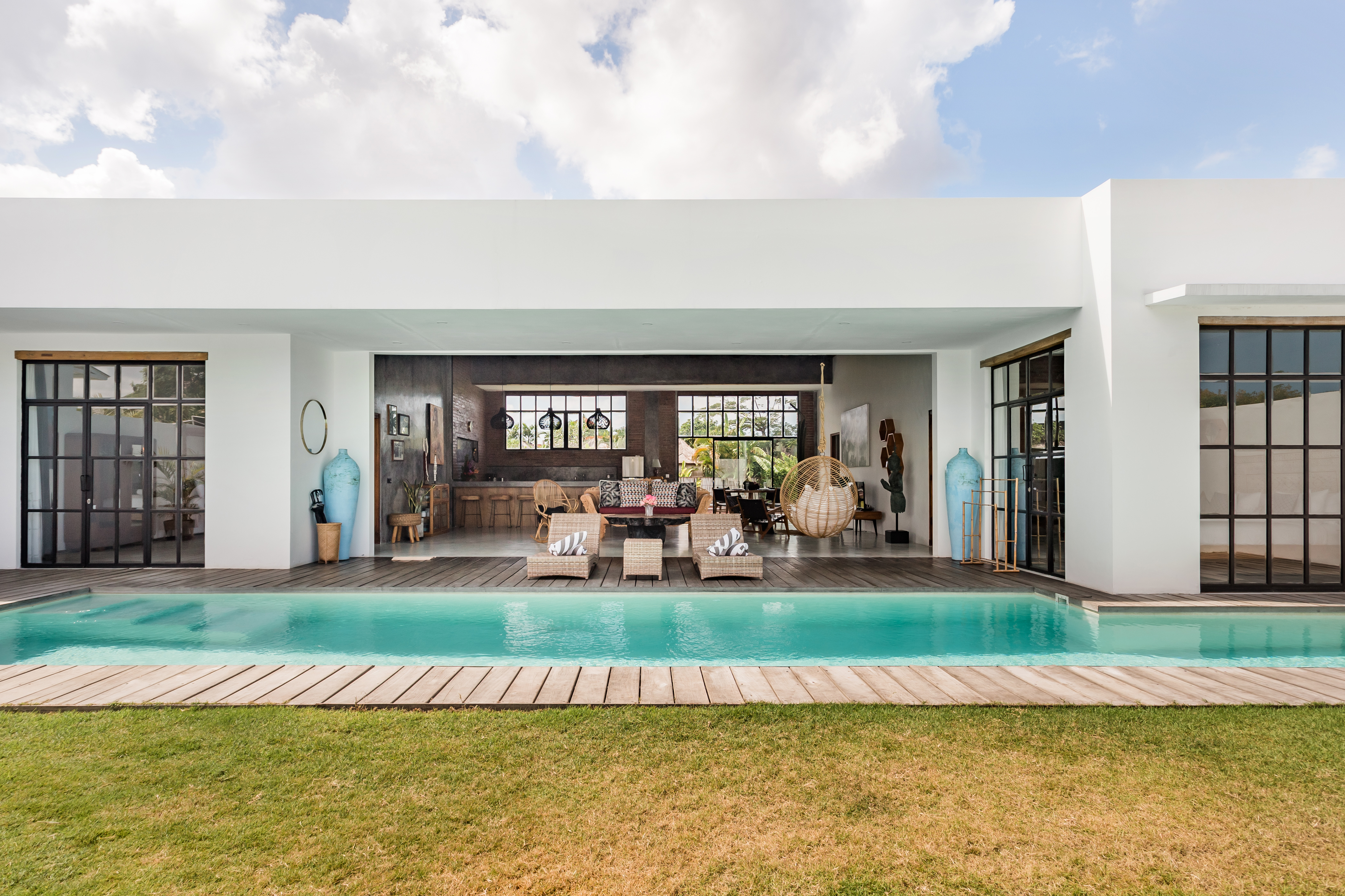 Loft Style Villa With Pool And Ricefield View Villas For Rent In Seminyak Bali Indonesia