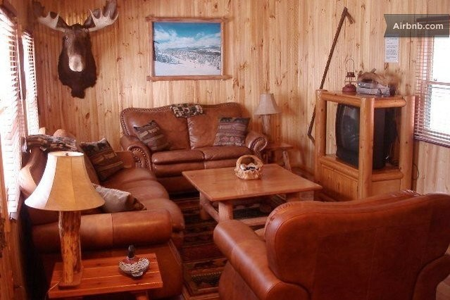 Big bear log cabin with hot tub in sugarloaf for Big bear cabins with jacuzzi tubs