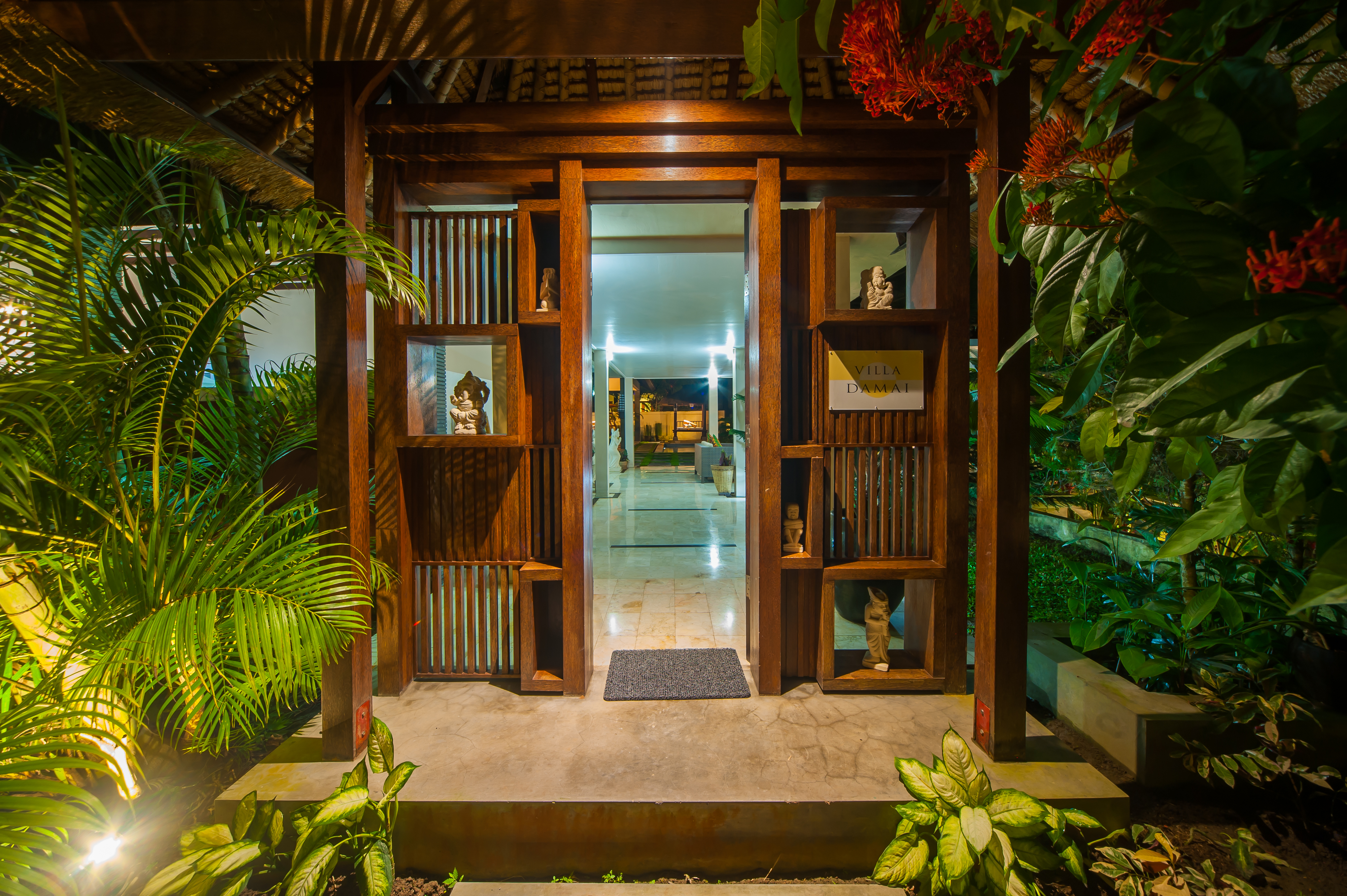 3br Villa Damai With Pool Rice Field View Ubud Villas For Rent In Ubud Bali Indonesia