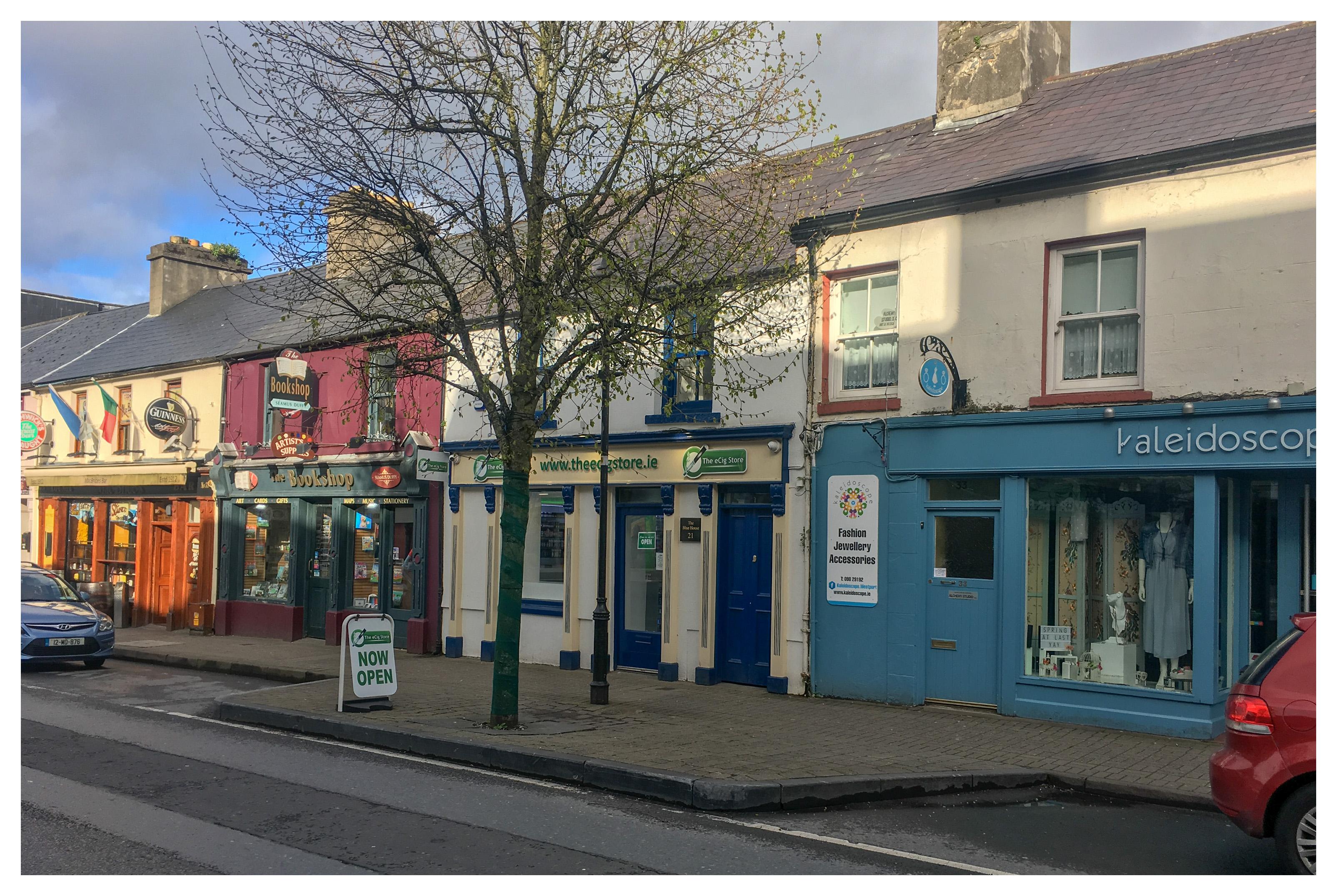 Current Local Time in Westport, Ireland - uselesspenguin.co.uk