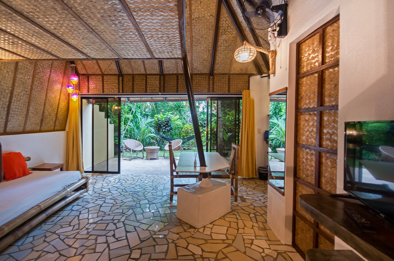 Bahay Kubo Native House In Ralph S Place Boracay Resorts For Rent In Boracay Island Aklan Philippines