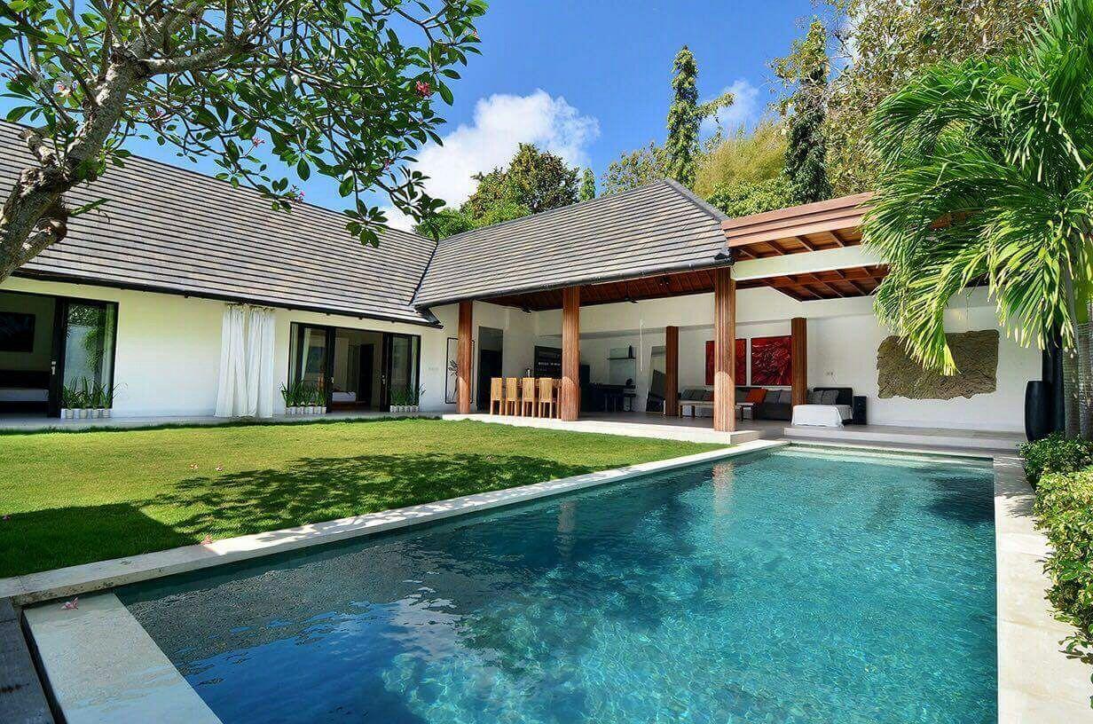 Big Luxurious 3 Br Villa Jimbaran Nusa Dua Villas For Rent In Kuta Selatan Bali Indonesia