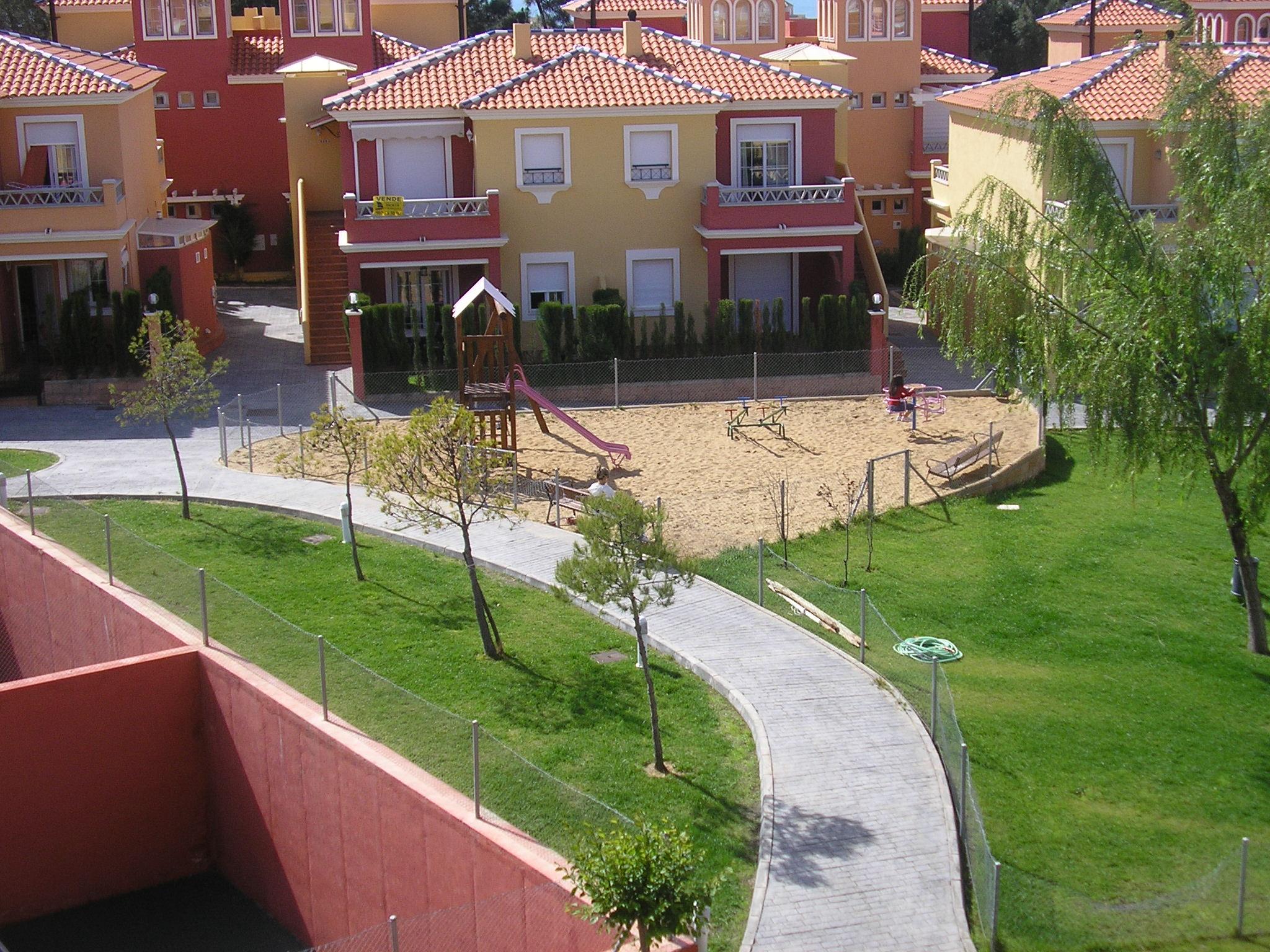 Alquiler En Urb Lomas 2 Islantilla Vft Hu 00183 Deptos En Complejo Residencial En Renta En Lepe Andalucía España
