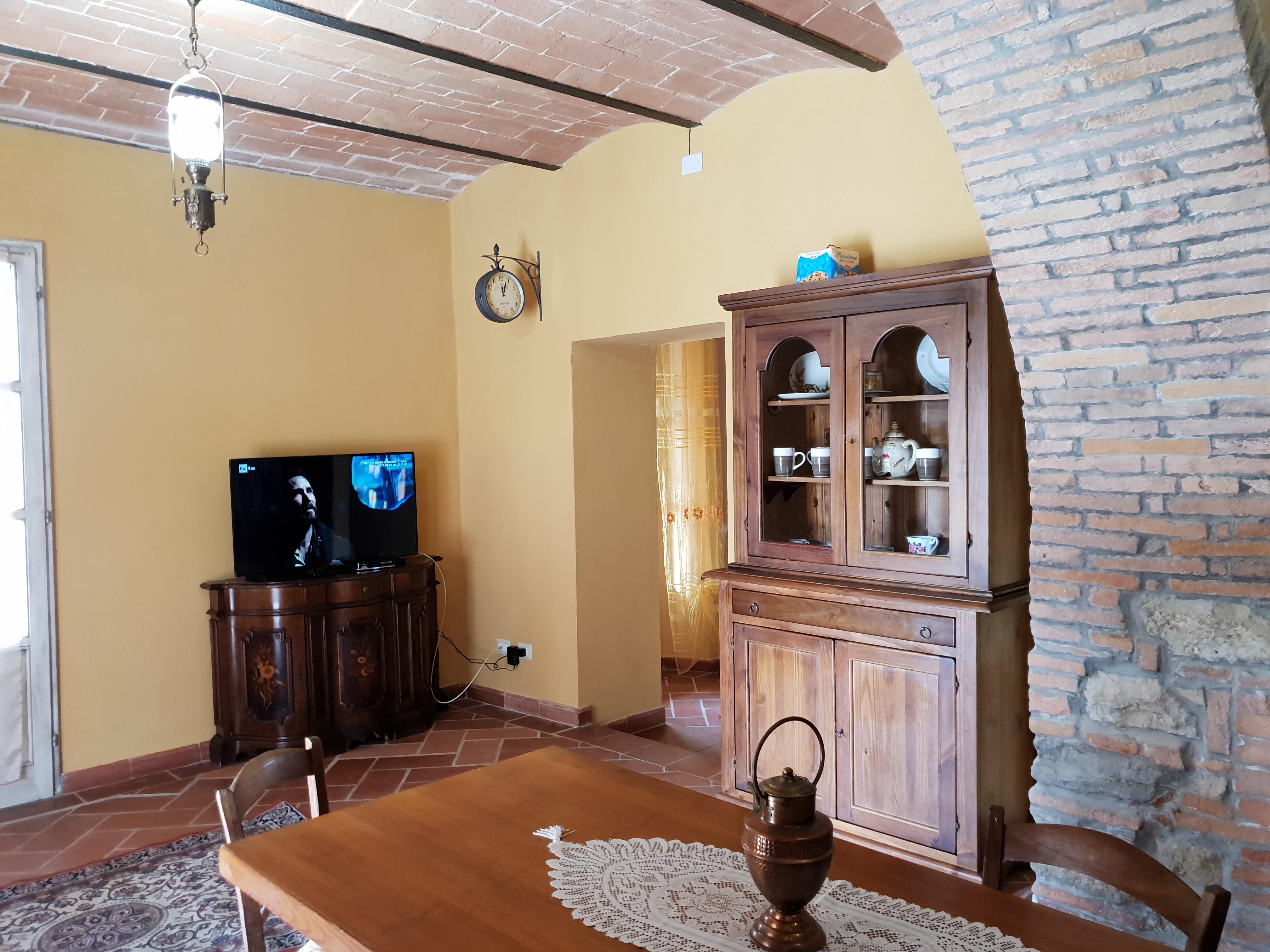 Cucina Con Finestra Orizzontale podere busilico. oasi di pace - villas for rent in