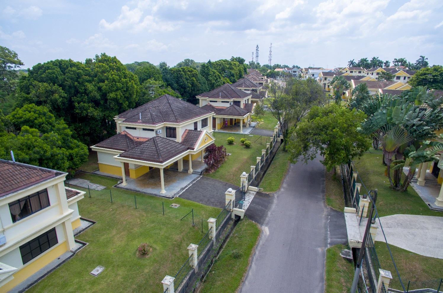 Tanjong Puteri Golf Resort   Bungalows for Rent in Pasir Gudang ...
