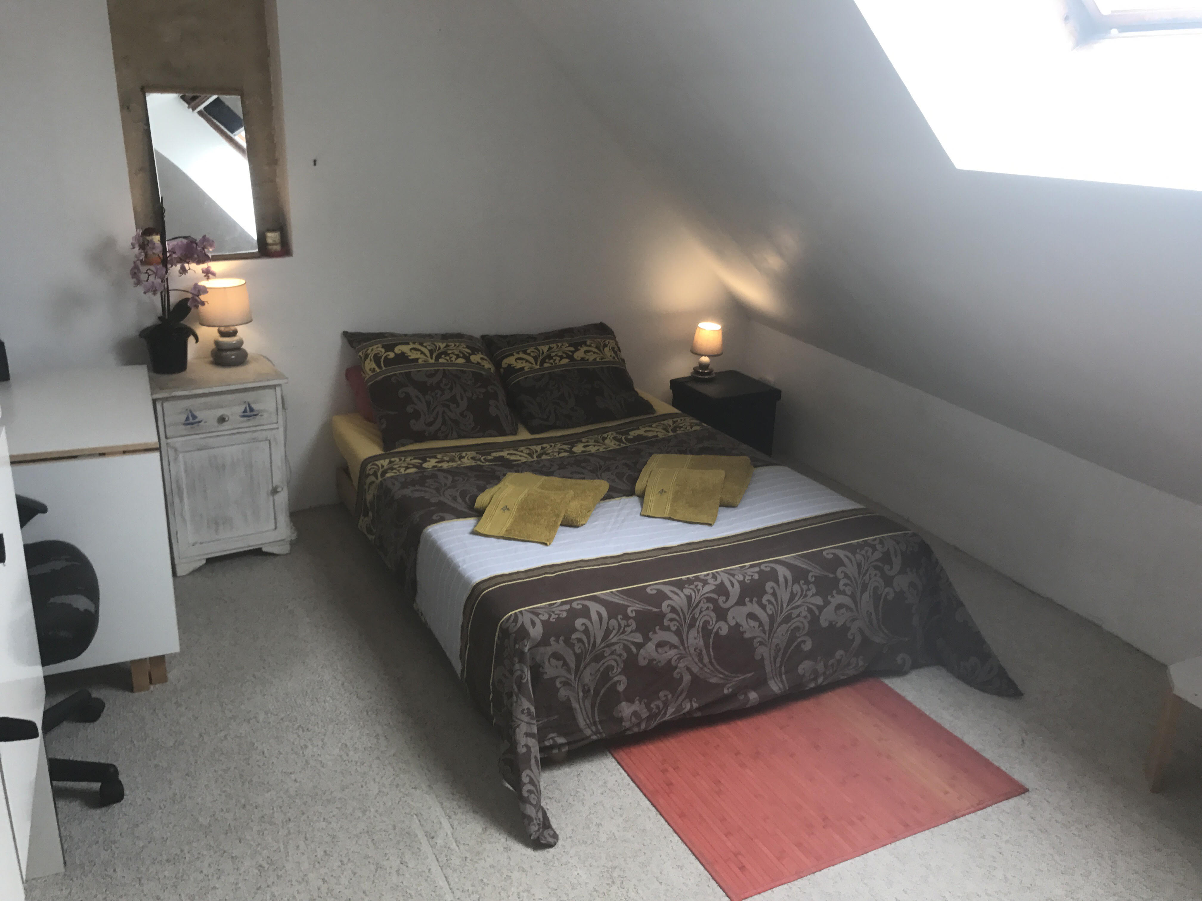 Chambre cosy sous pente dans une ancienne ferme - Casas en renta