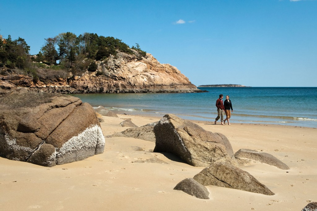 nice beach towns near boston: manchester by the sea