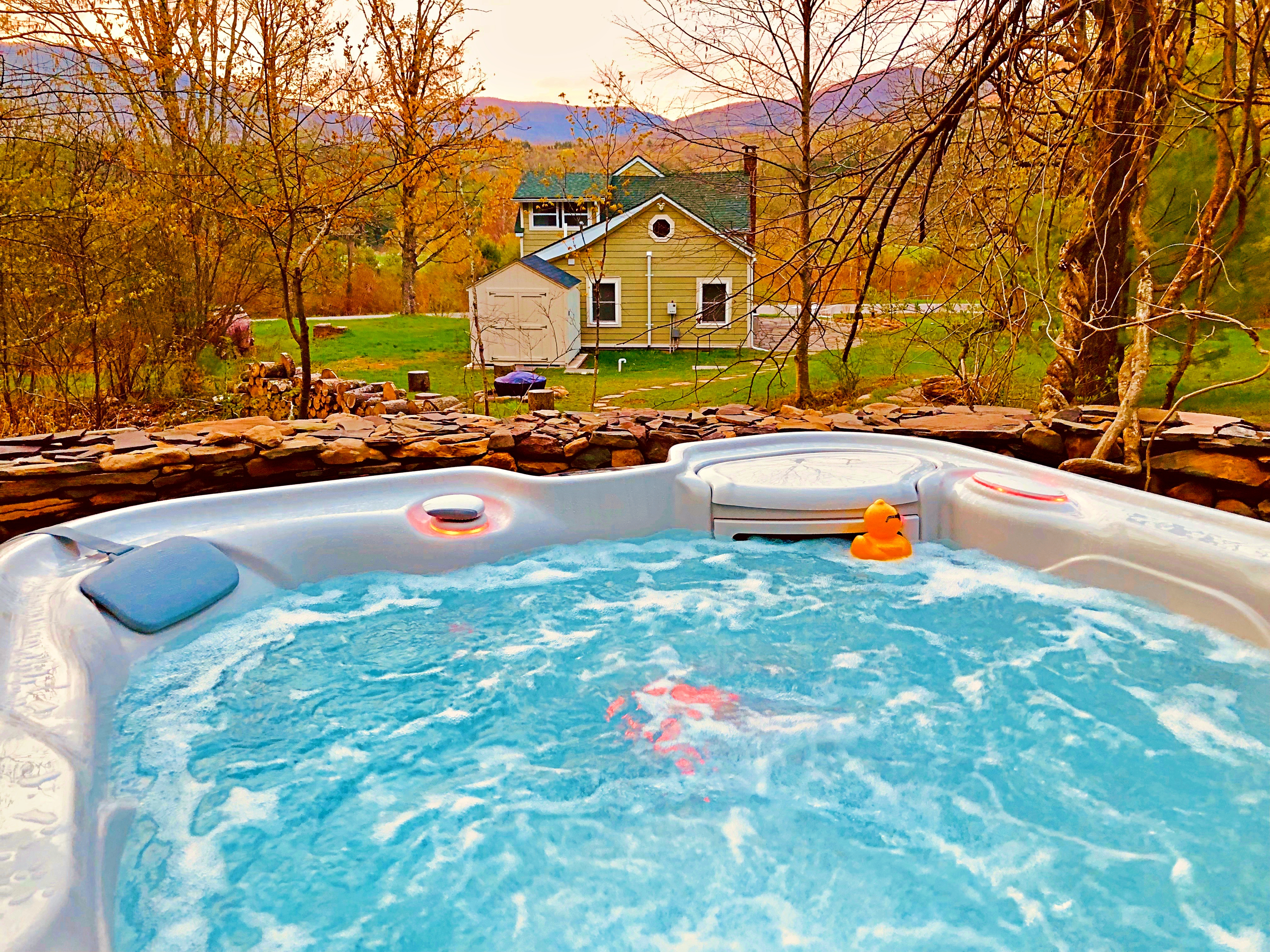 Romantic Catskills Cottage W Spa Hot Tub Views Cottages For Rent In Willow New York United States