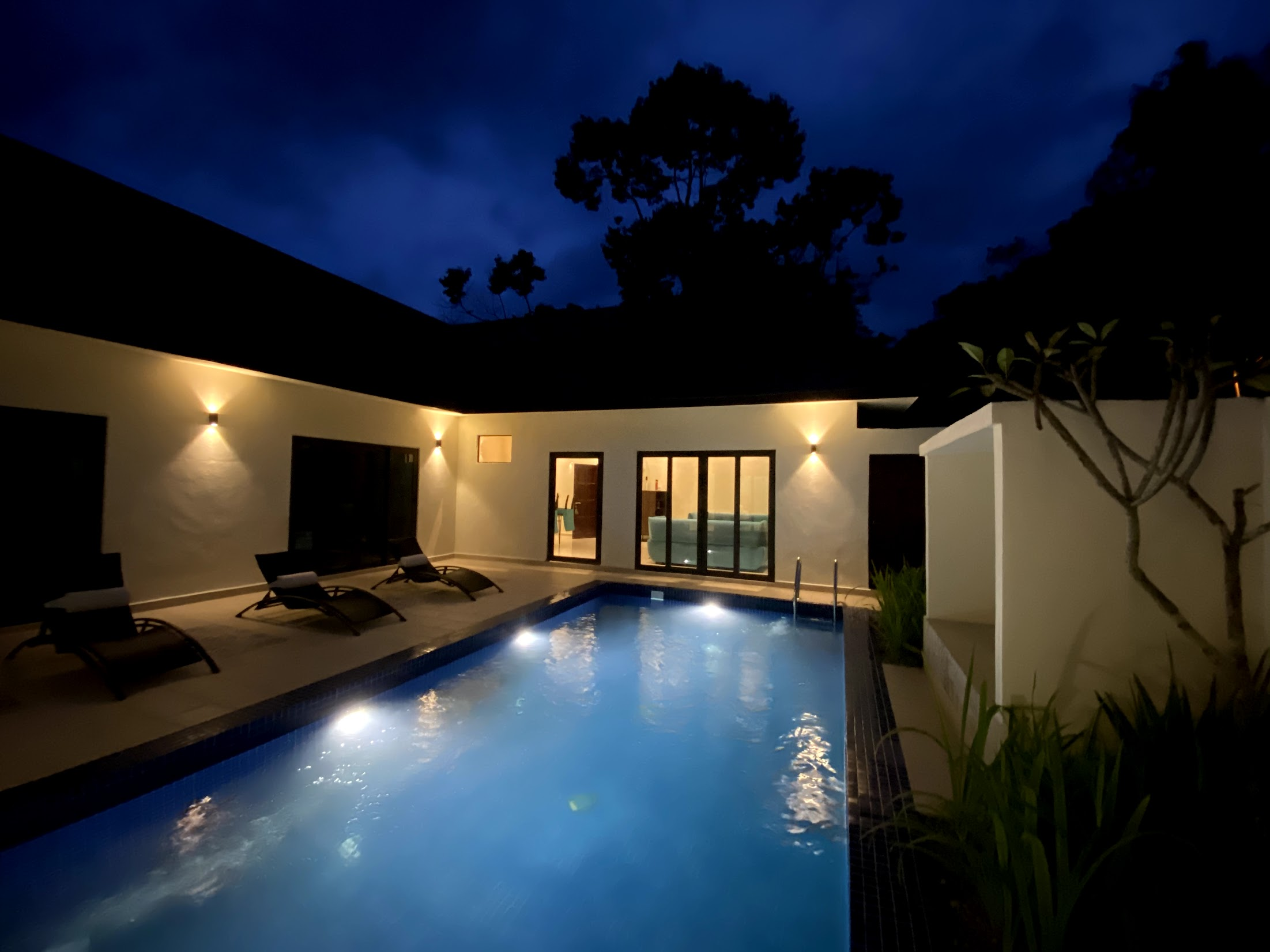 Charis Janda Baik Villa 1 3 Bedroom Private Pool Villas For Rent In Bentong Pahang Malaysia