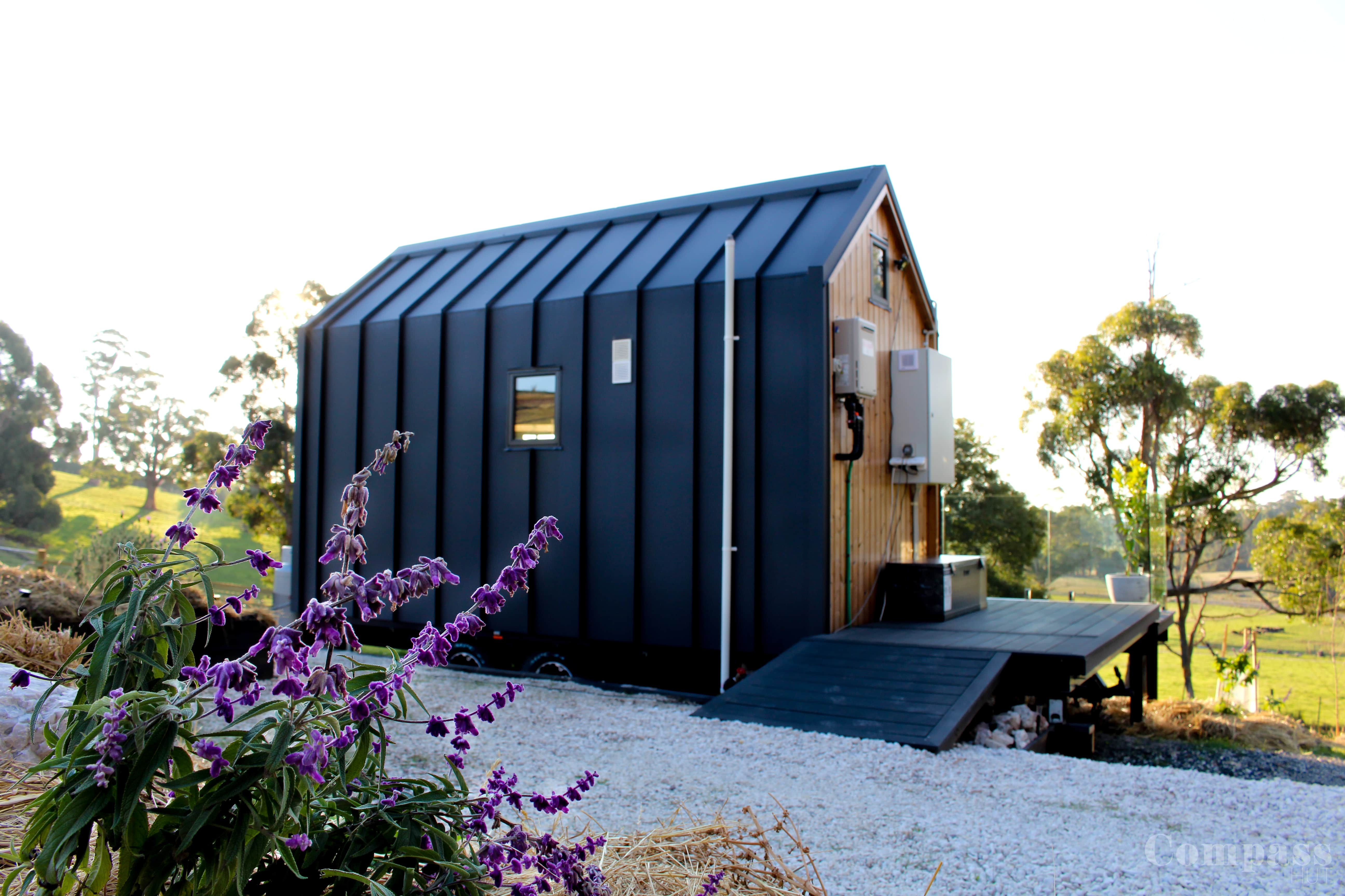 Off-Grid Tiny House · Off-grid Modern Tiny House - Tiny houses for