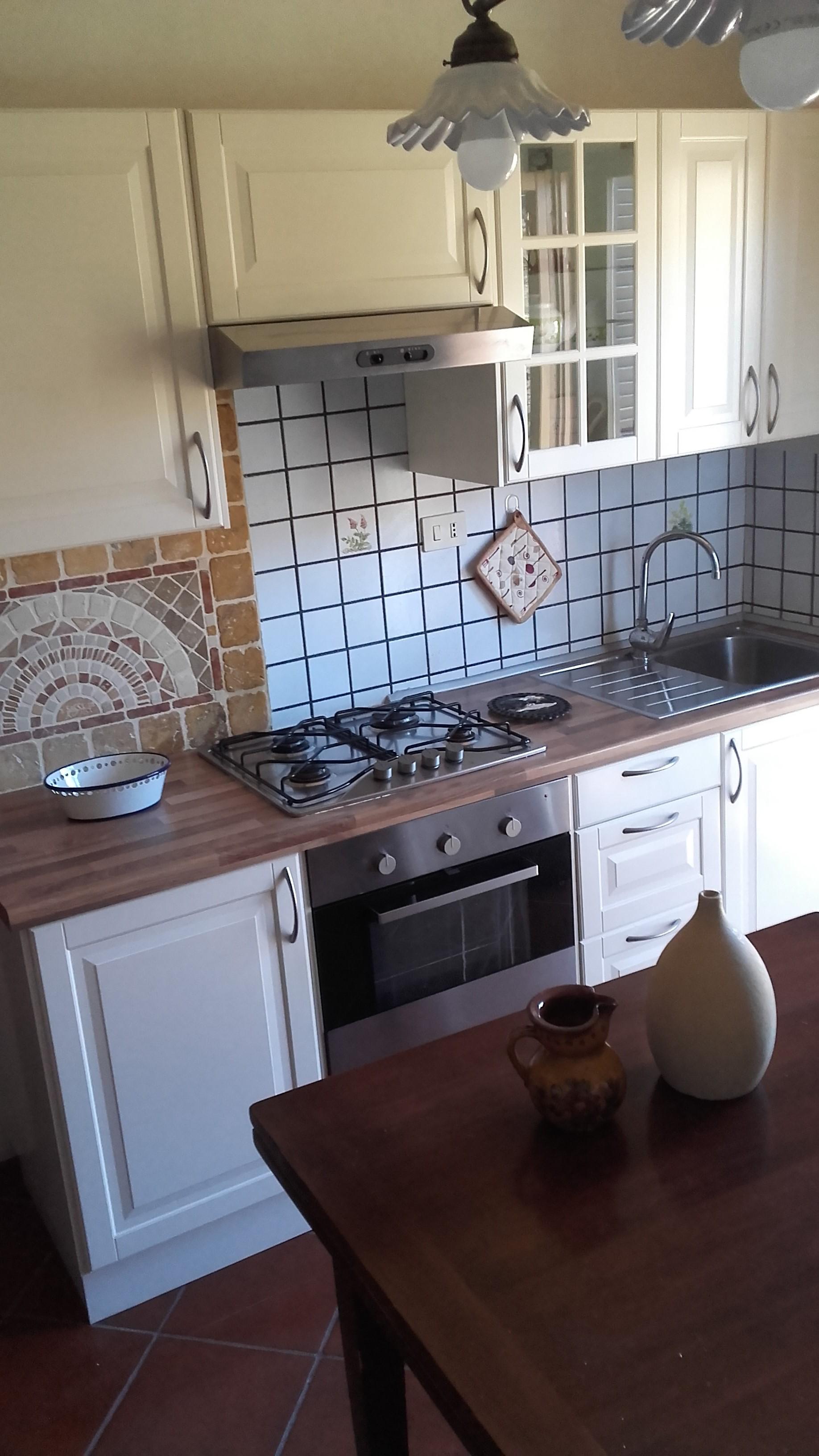 Armadio Ripostiglio Ad Angolo a casa di lucia - apartments for rent in pescasseroli