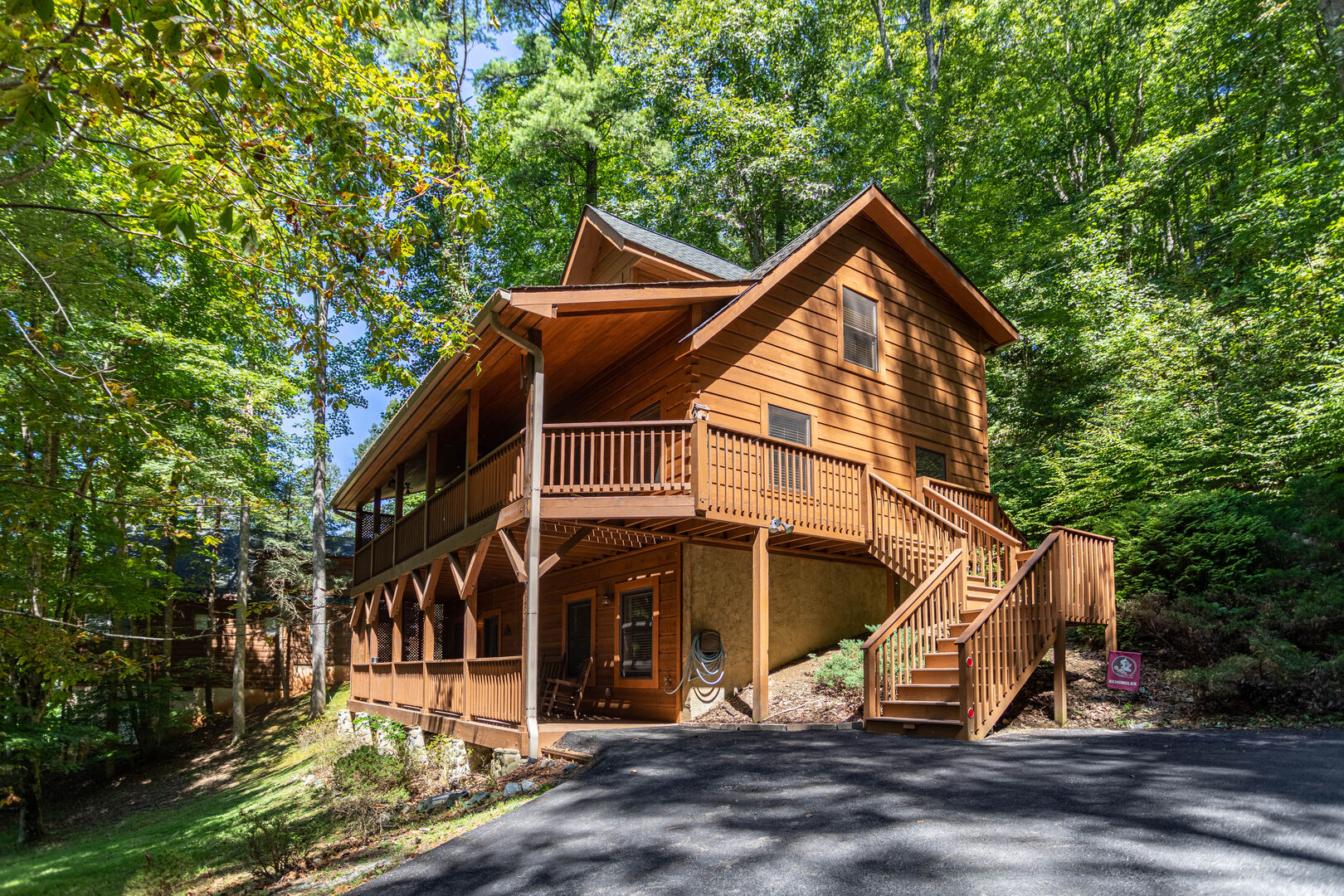 A Riversound Valle Crucis Cabin With Large Hot Tub Pool Poker Table River Cabins For Rent In Banner Elk North Carolina United States