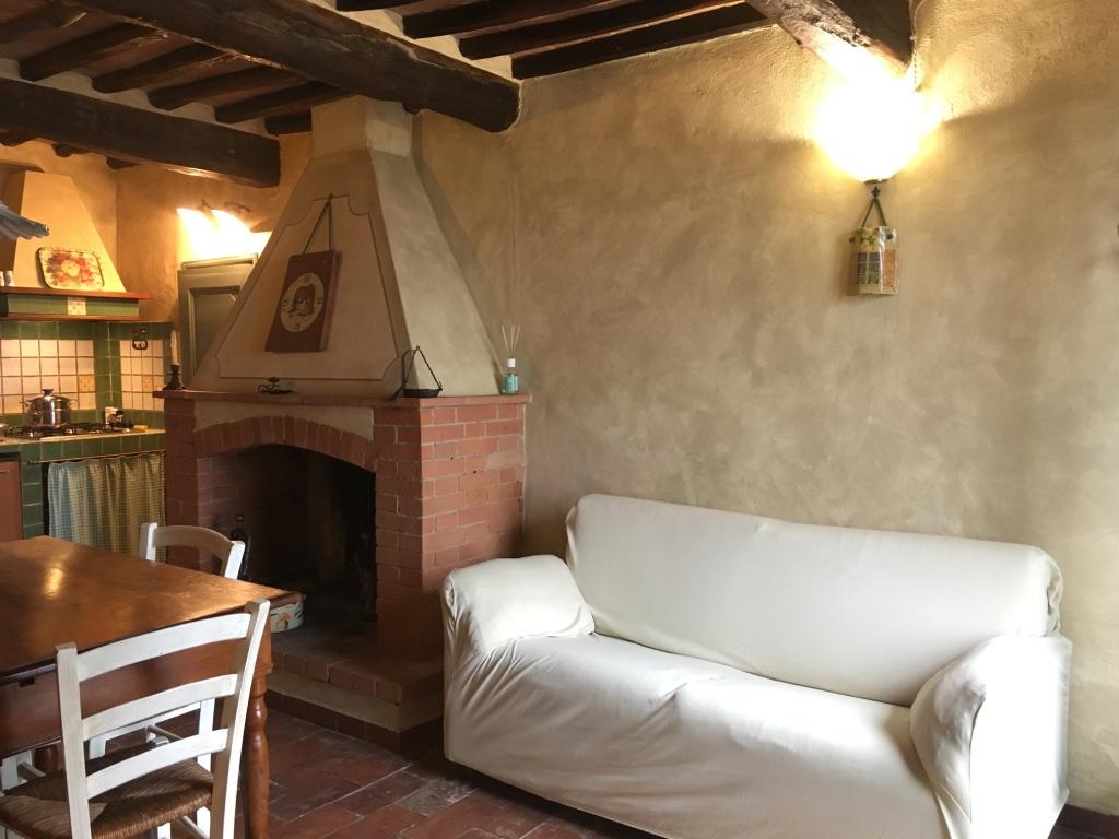 Case Arredate Con Gusto casa melania - apartments for rent in buti, toscana, italy