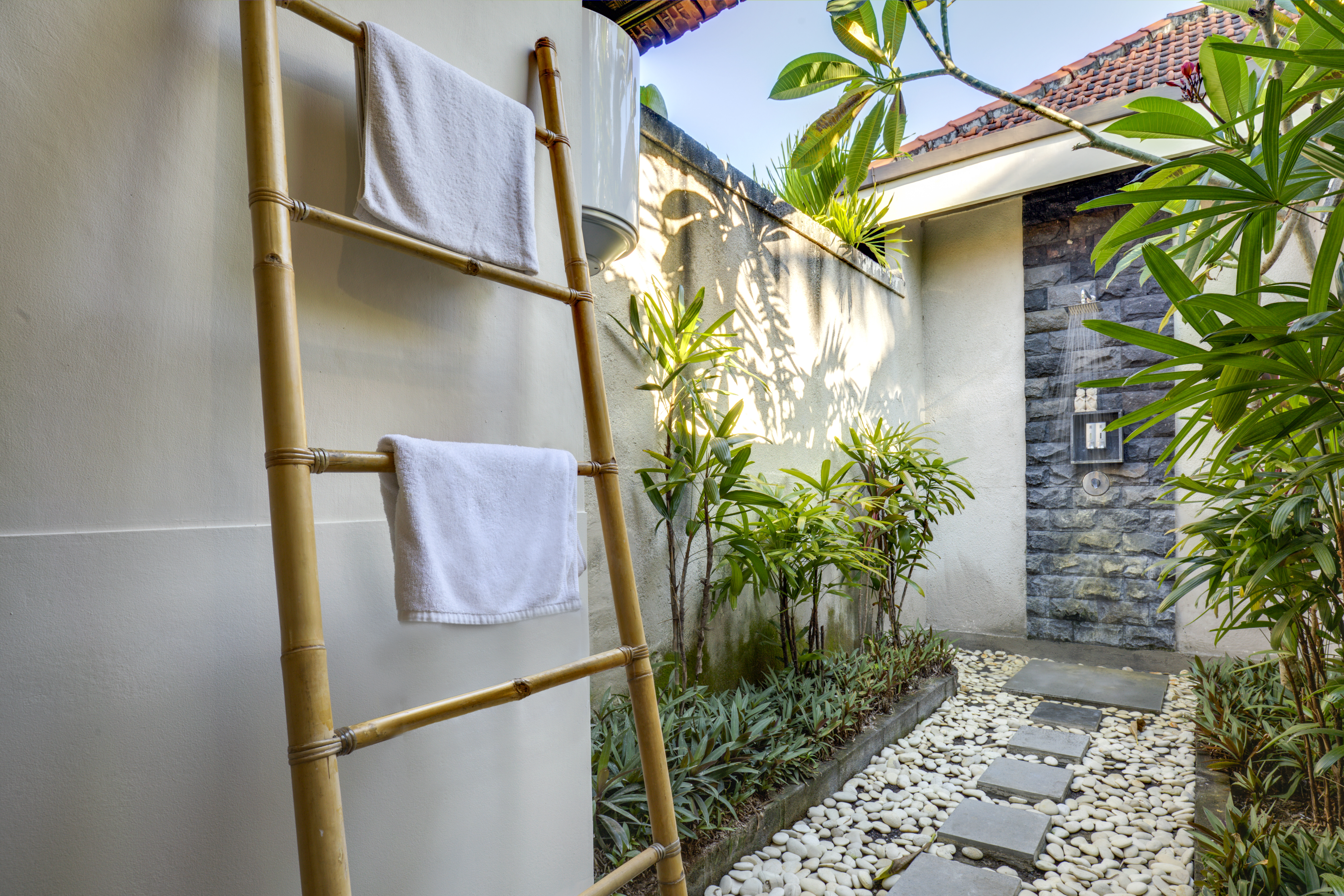 Little Paradise 1BD Pool Villa close to Canggu - Villas for Rent ...