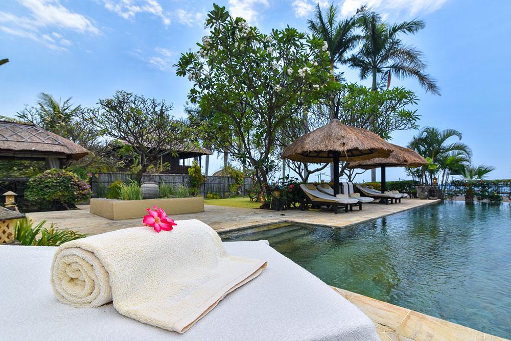 Villa Lotus Luxury Private Beachfront Villa Villas For Rent In Lovina Bali Indonesia