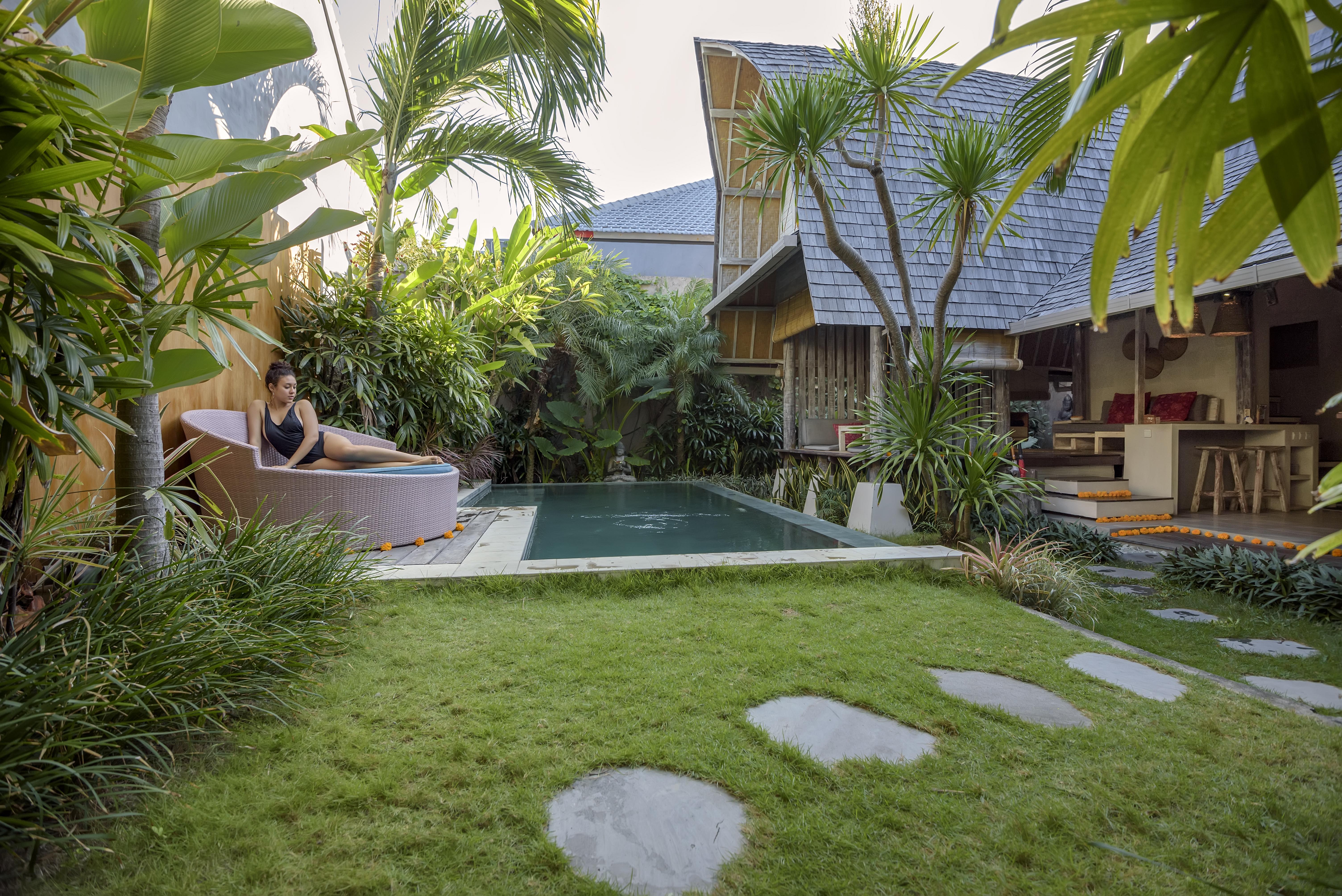 Romantic Luxury Escape Seminyak Villas For Rent In Kuta Bali Indonesia
