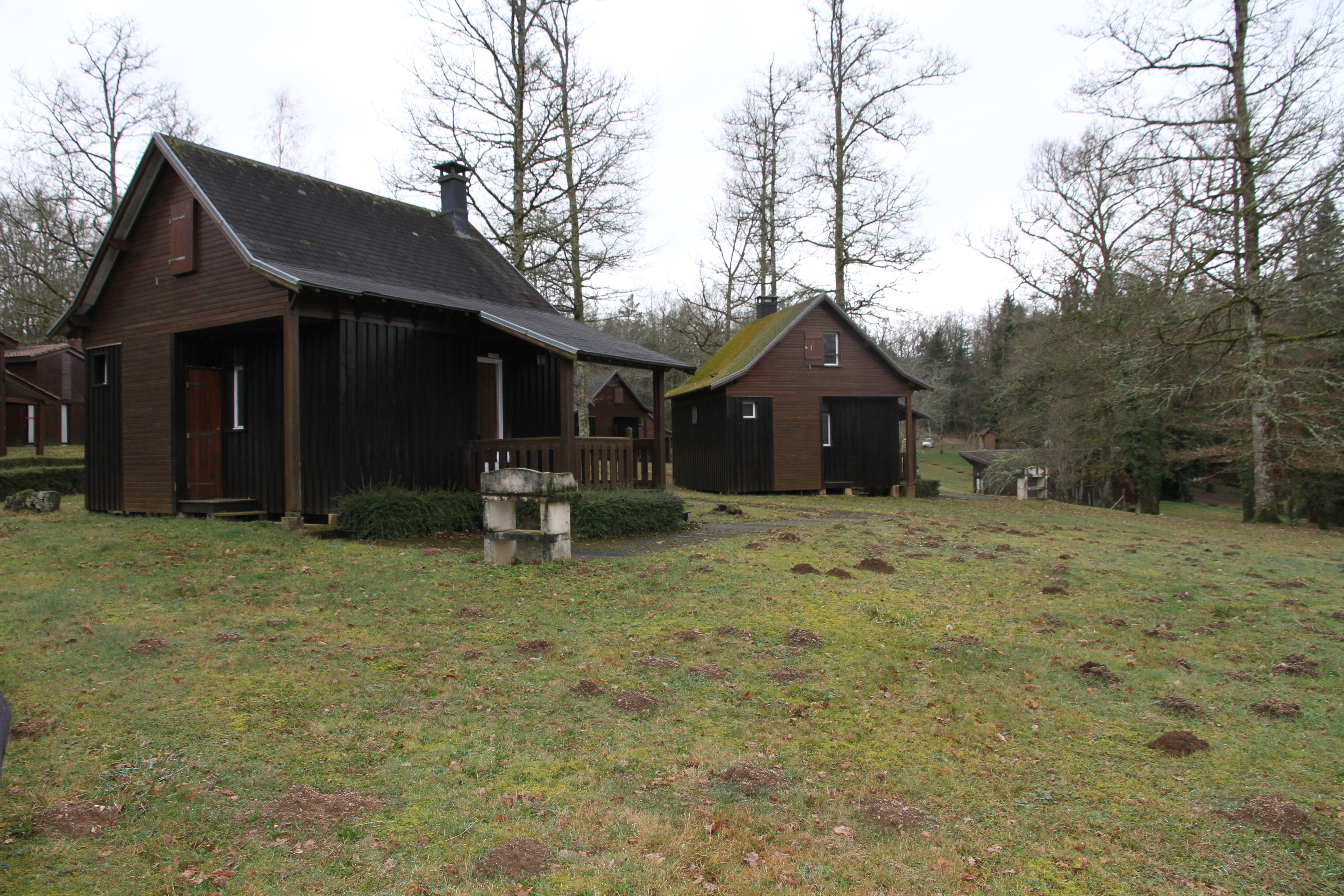 Village De Gites Lapeyre 4 6 Places Chalets For Rent In Saint