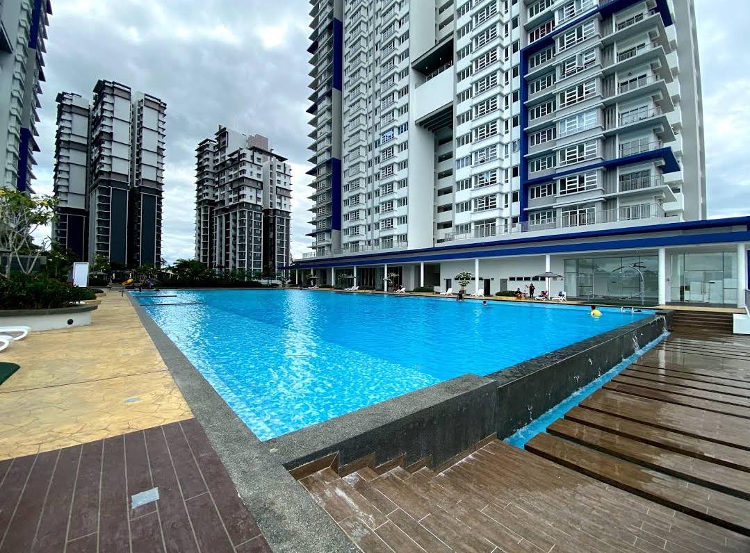 Zara Homestay Puteri Bangi Near Kuis Nilai Klia Condominiums For Rent In Kajang Selangor Malaysia