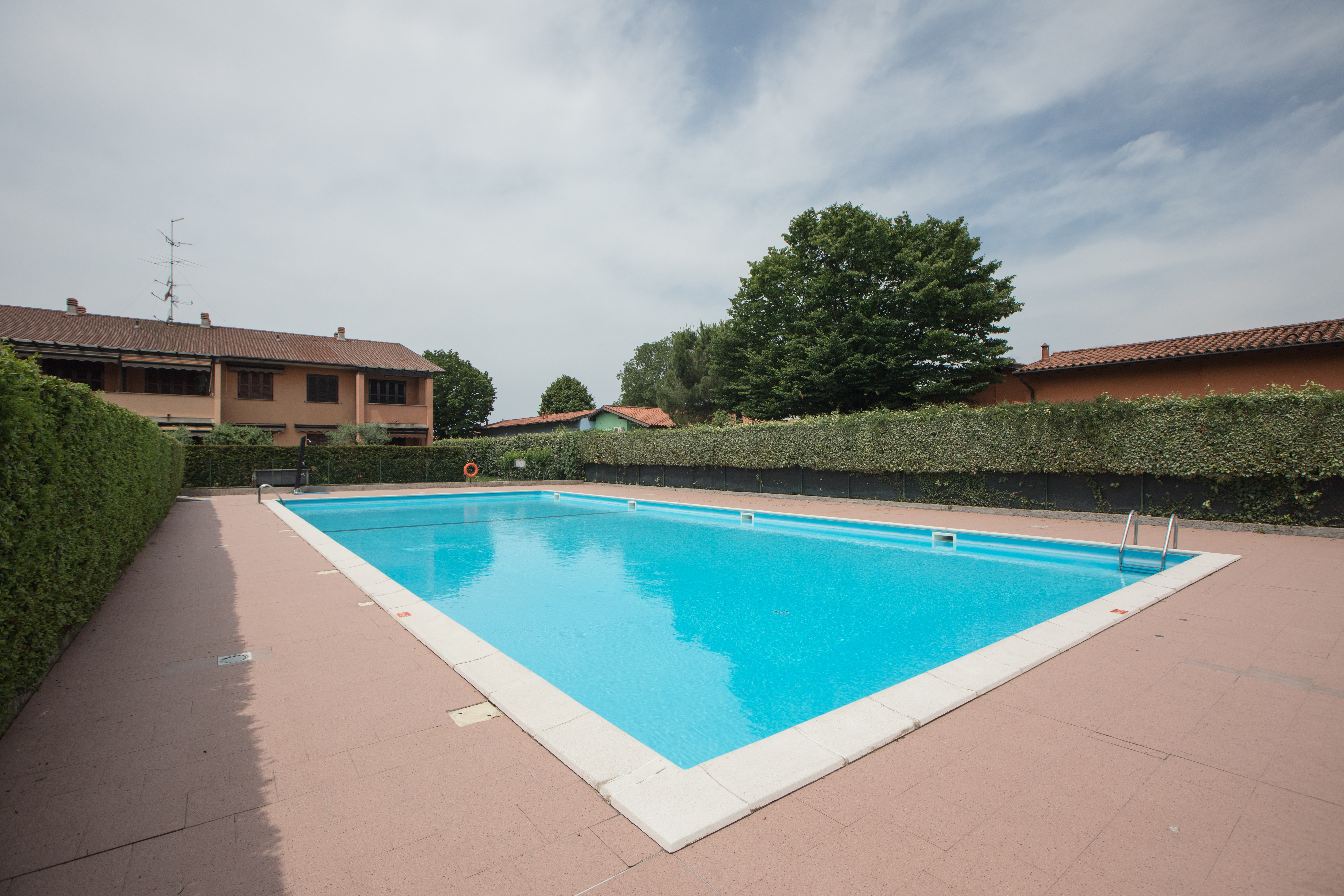 Isola Ecologica San Felice Sul Panaro sirmione confort easy garda lake - apartments for rent in