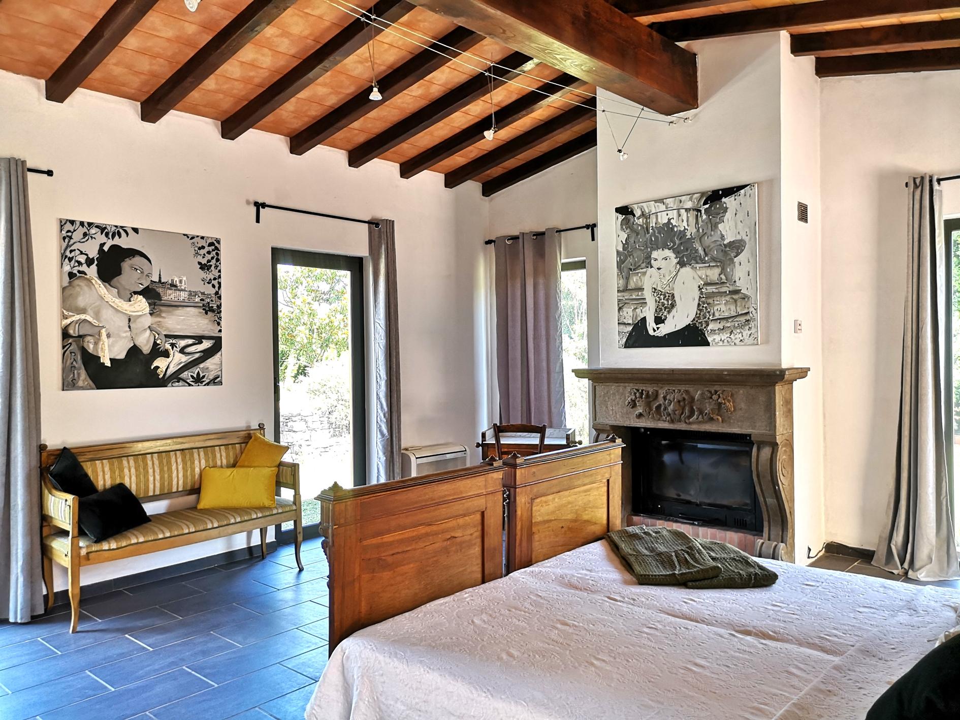 Cucina Con Finestra Orizzontale art villa armonia - villas for rent in sarzana, la spezia
