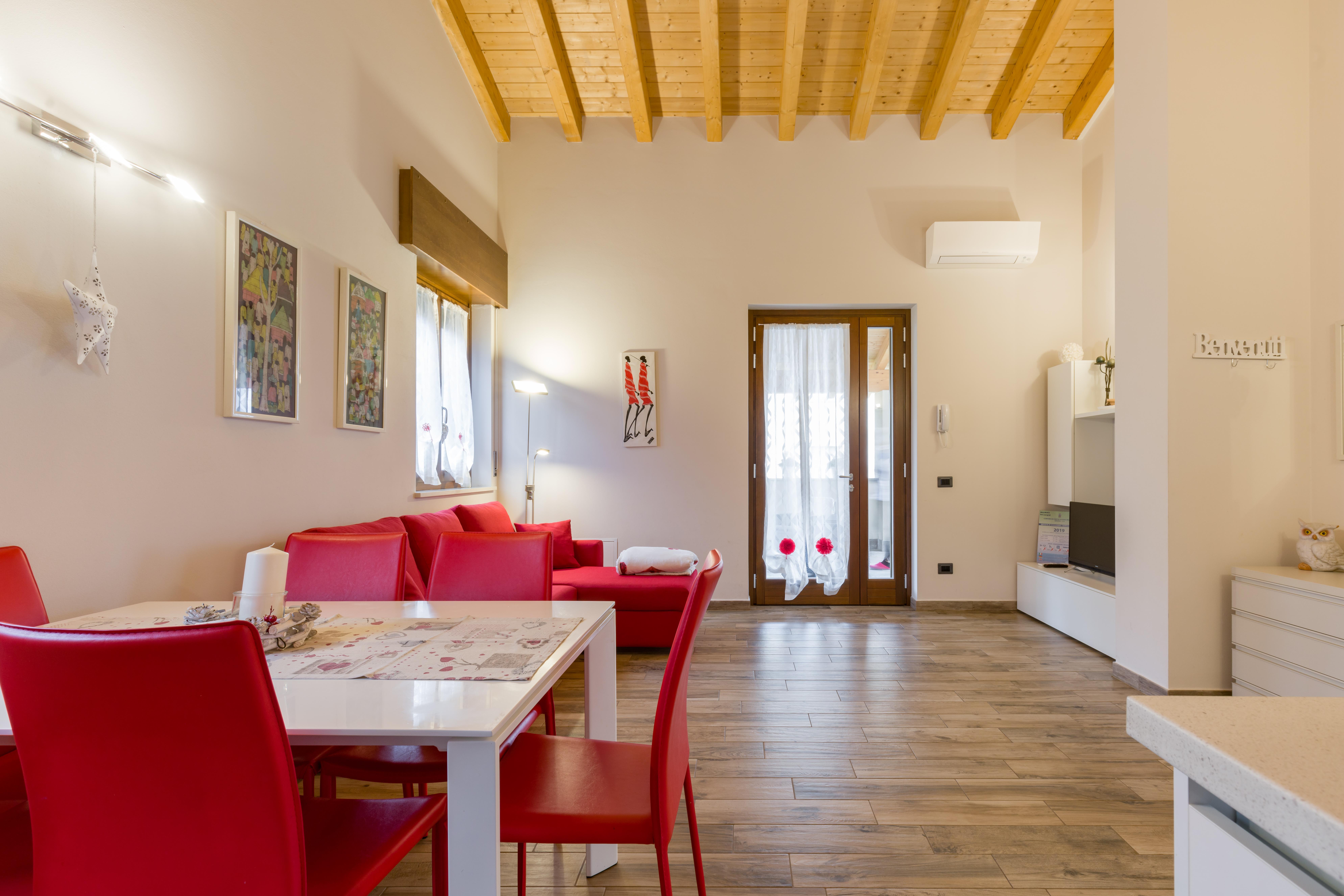 New Modern Appartment Near Gardaland Apartments For Rent In Castelnuovo Del Garda Veneto Italy